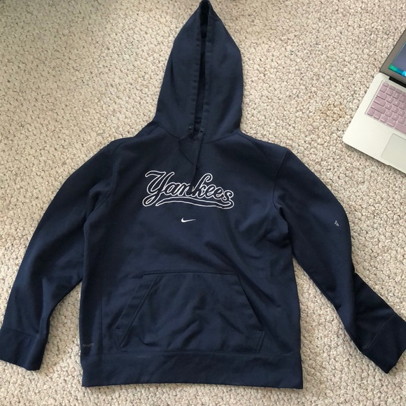 finest selection a38d6 2ec2e Nike Yankees hoodie men's small.